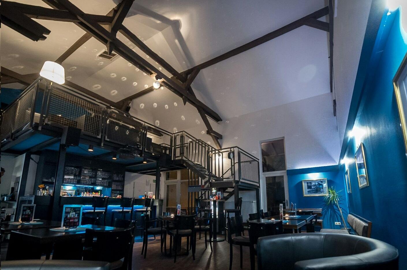 BAHNSINN - Die Bar mit Anschluss